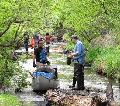 Community stream cleanup event