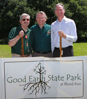 Good Earth Dedication Governors Branstad, Daugaard with Dick Brown