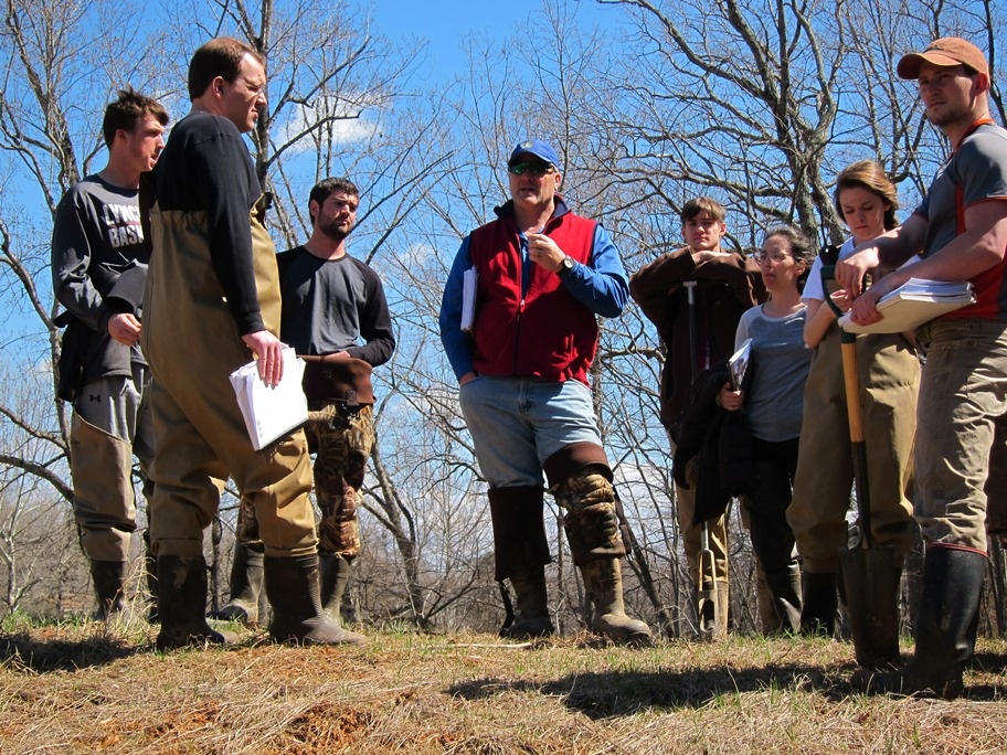 Environmental science students at Lynchburg College