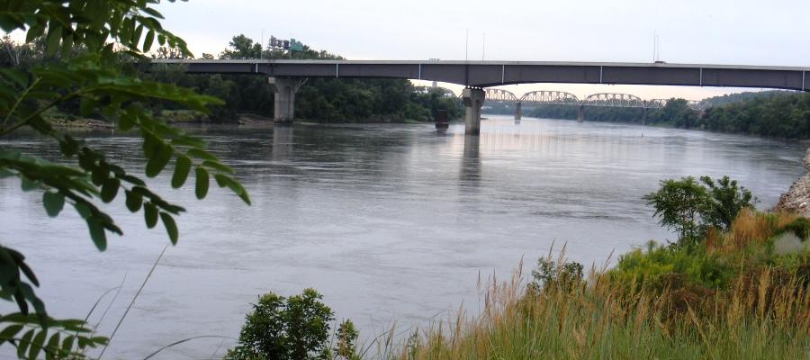 Omaha Mo River