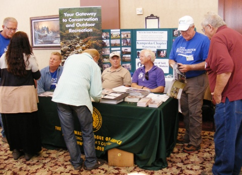 Ikes Promote Clean Water Challenge at Big Sioux Summit