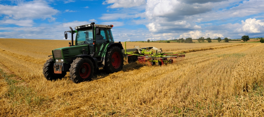 Tractor_iStock